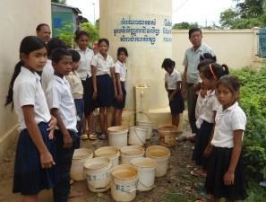 Ang School_Principal_BBall_03294_Crop